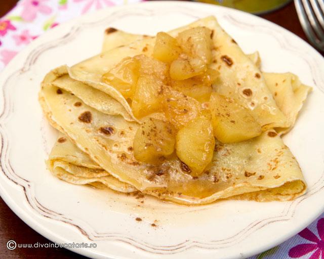 clatite-cu-ananas-caramelizat-si-rom-0