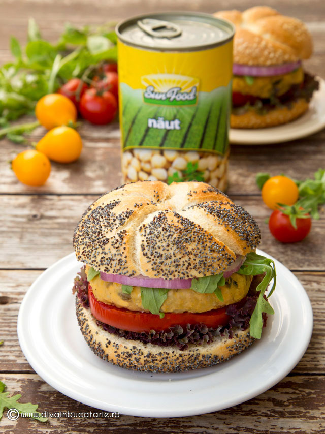burger-din-naut-cu-ciuperci-sun-food