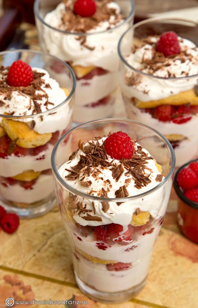 desert-cu-zmeura-si-mascarpone-la-pahar-0