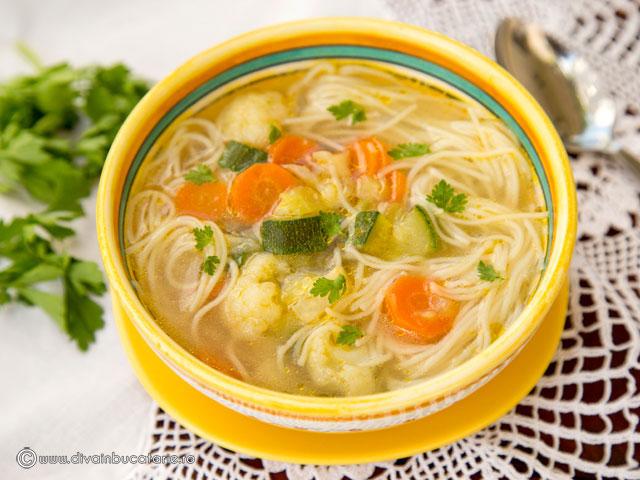 supa-de-legume-cu-fidea-cuburi-b-1