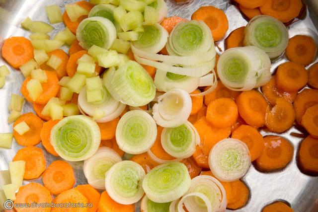 supa-de-legume-cu-paste-baneasa-1