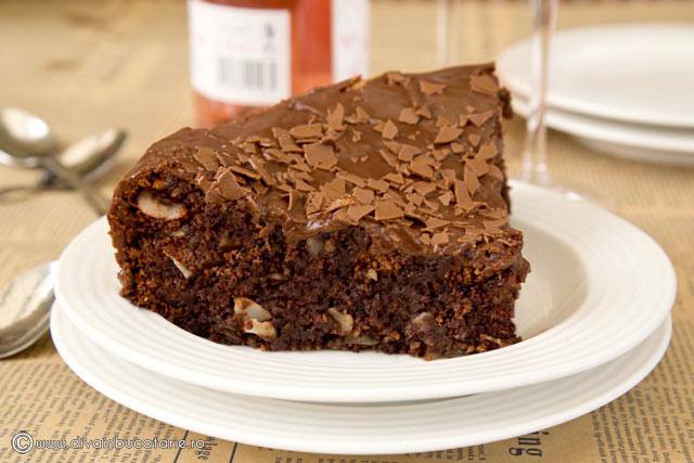 tort-de-ciocolata-fara-faina-felie