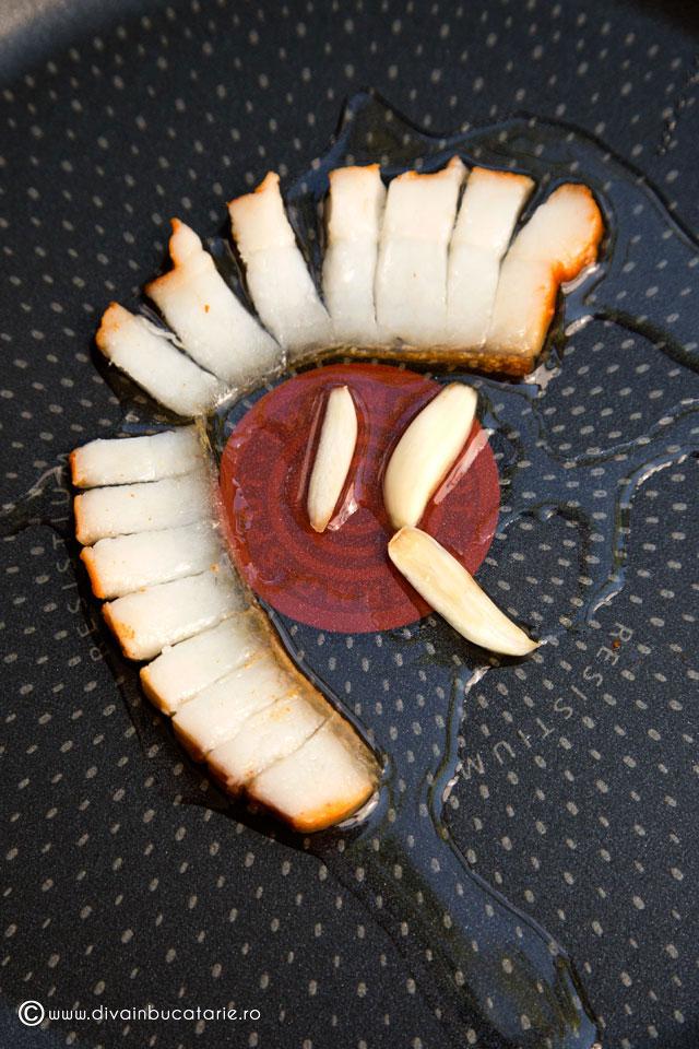 crostini-cu-salata-de-ciuperci-cu-maioneza-1