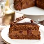 Tort de ciocolată cu vişine diva in bucatarie