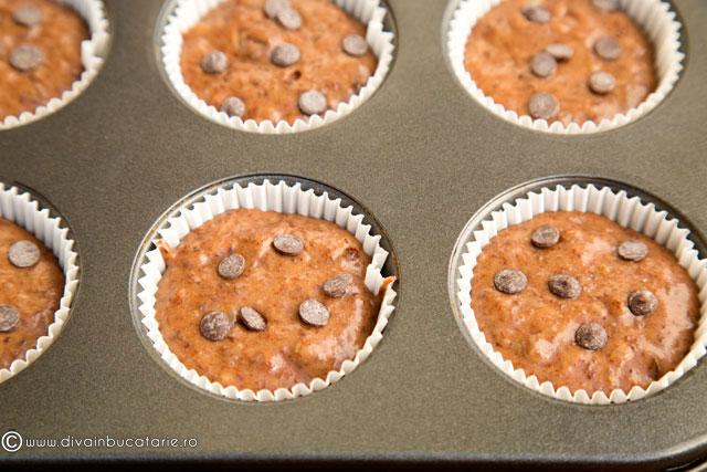 muffins-cu-banane-si-ciocolata-5