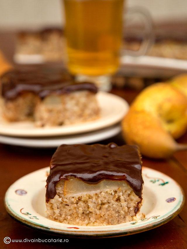 prajitura-de-post-cu-pere-si-ciocolata-0
