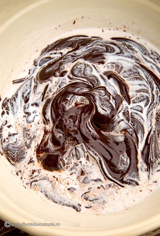 prajitura-de-post-cu-pere-si-ciocolata-6