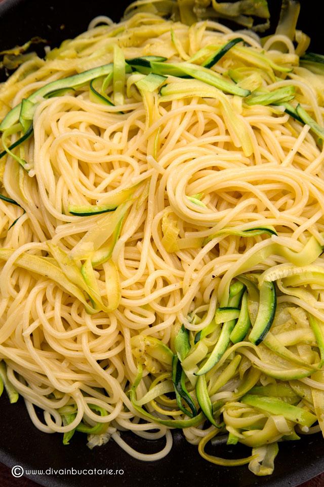 spaghetti-cu-dovlecei-f