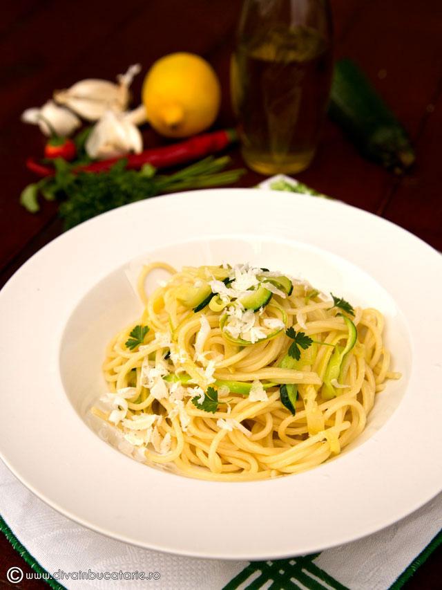 spaghetti-cu-dovlecei
