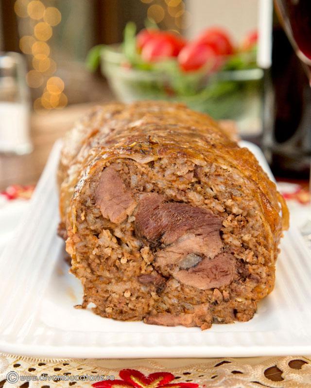 rulada-de-carne-tocata-cu-muschiulet-in-prapur