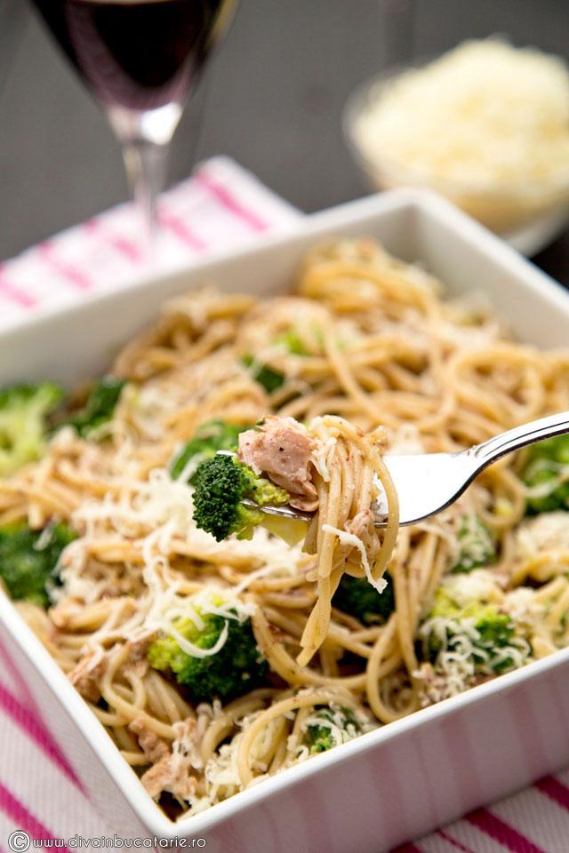paste-integrale-cu-ton-si-broccoli