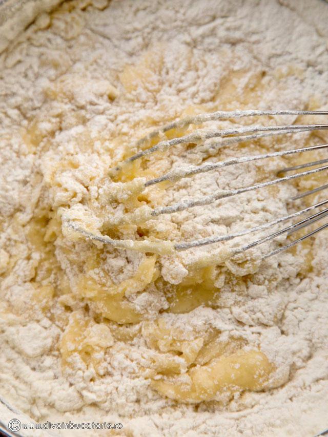 prajitura-cu-foi-si-crema-caramel-2