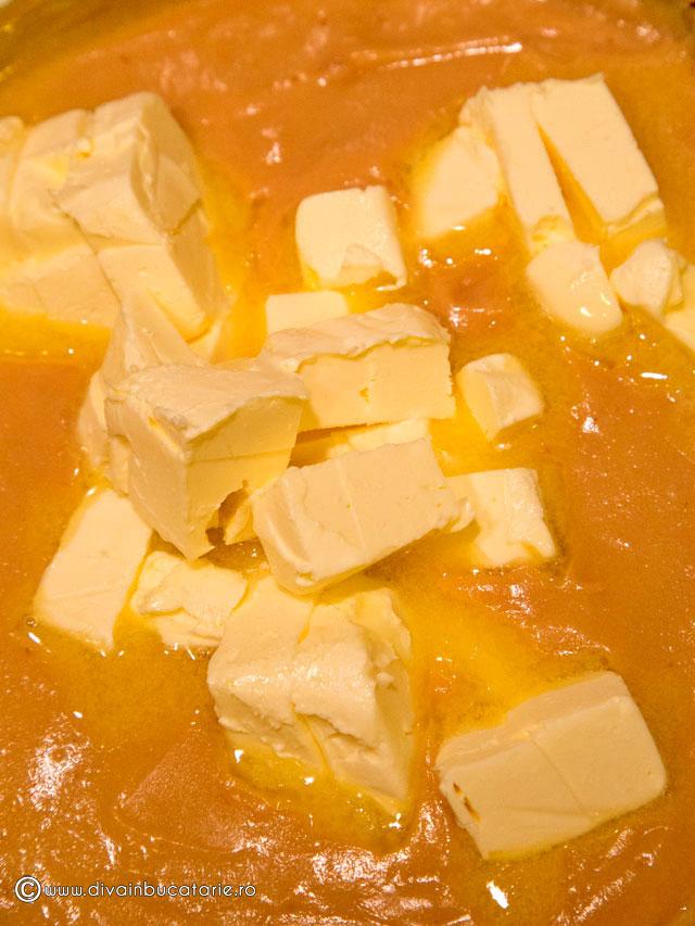 prajitura-cu-foi-si-crema-caramel-6-0