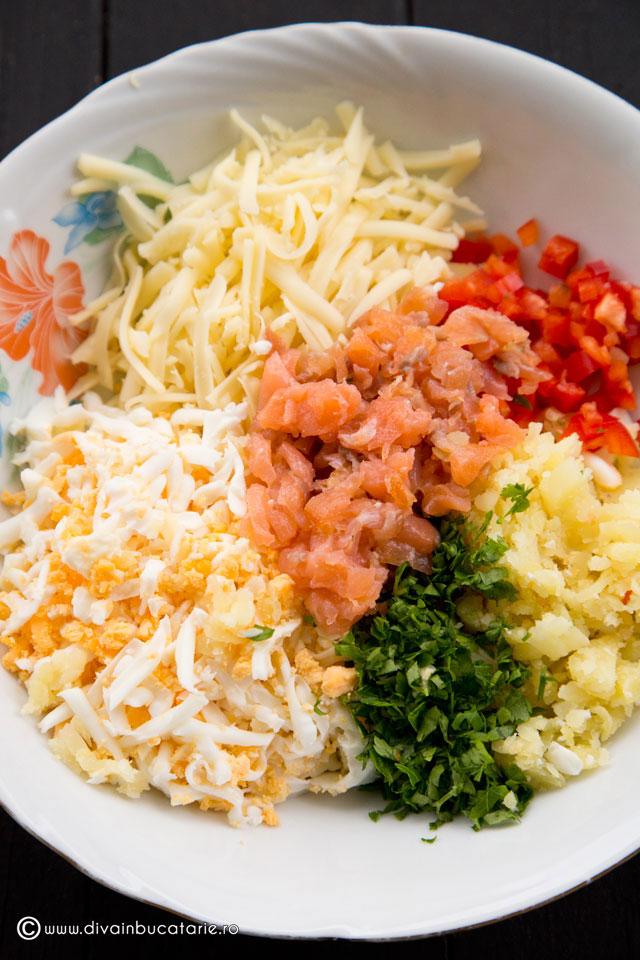 salata-de-somon-afumat-cu-mix-de-oua-1