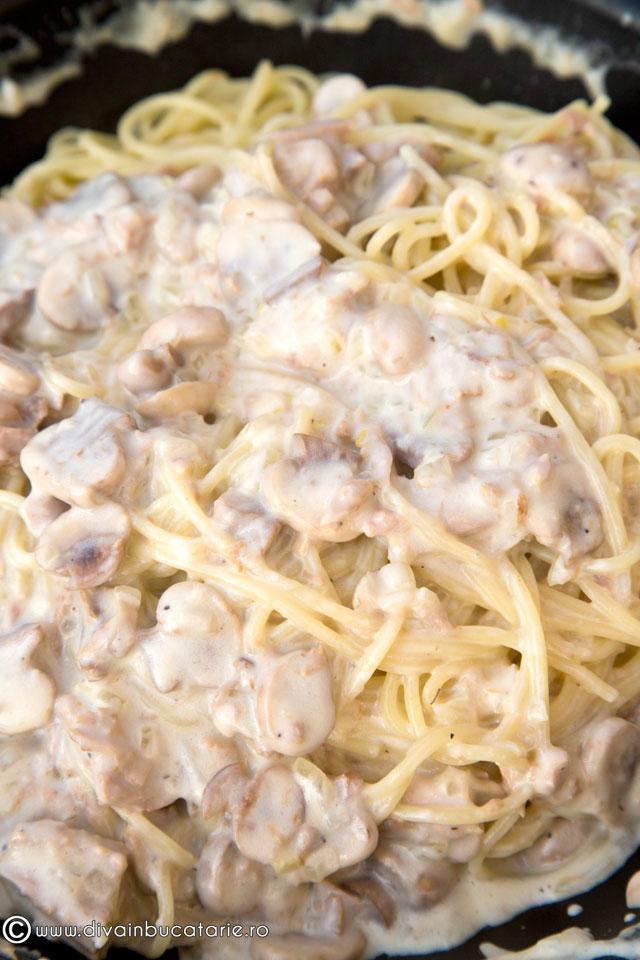 spaghetti-cu-ton-si-ciuperci-baneasa-5