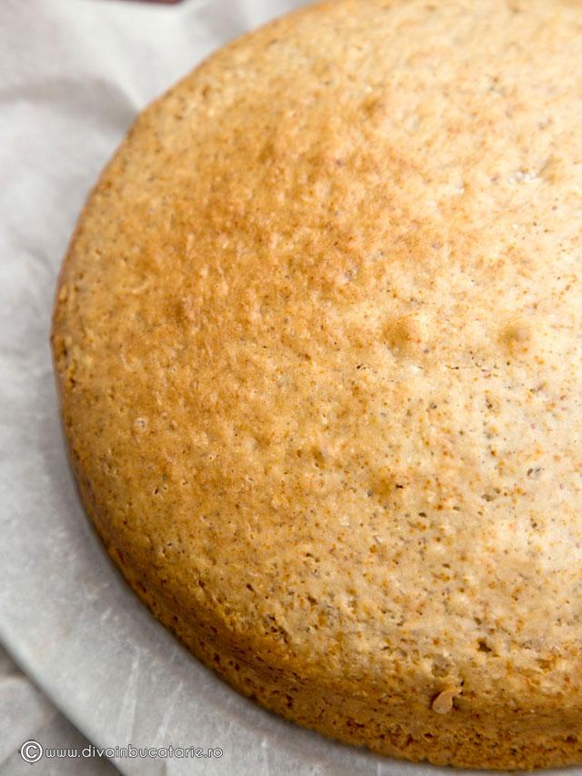 prajitura-de-post-cu-migdale-si-nuca-de-cocos-4
