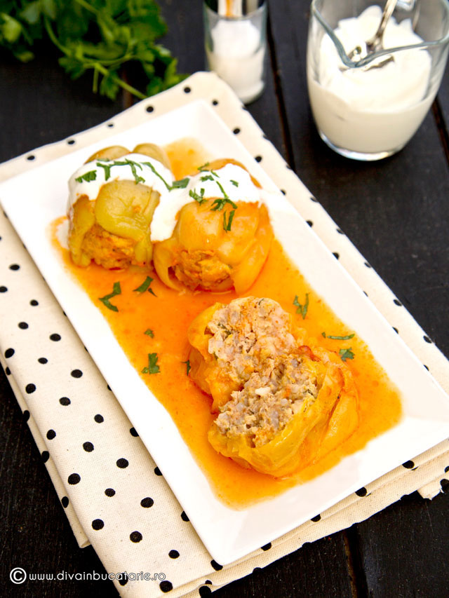 ardei-umpluti-slow-cooking-crock-pot