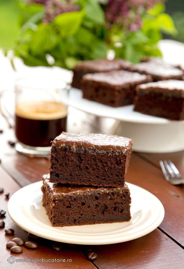 brownie-cu-cafea