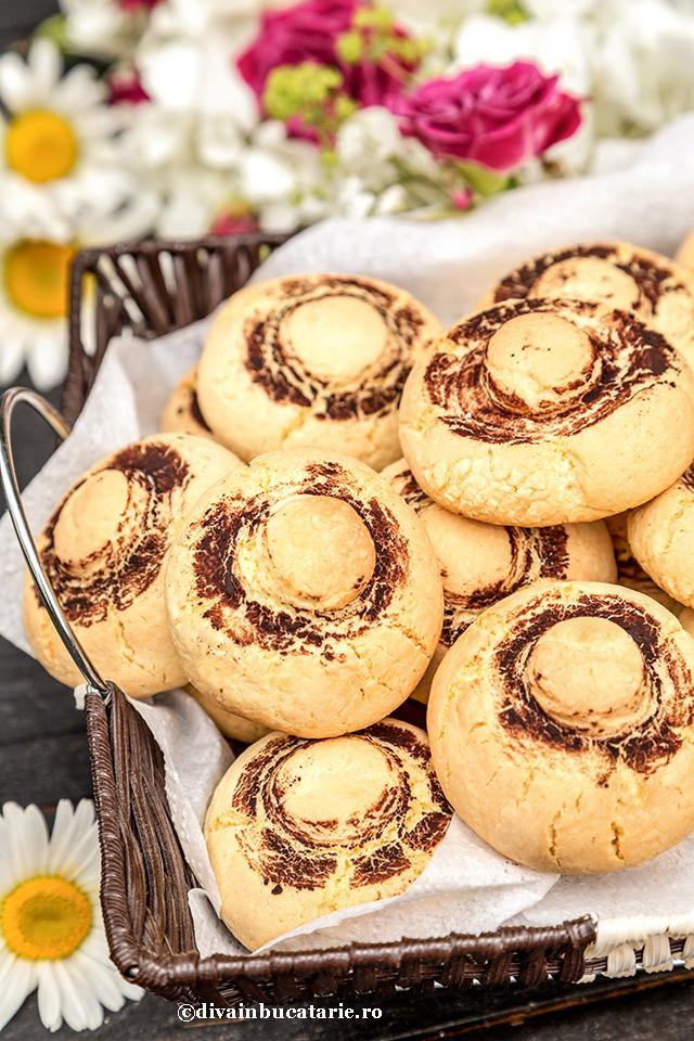 biscuiti-ciupercute
