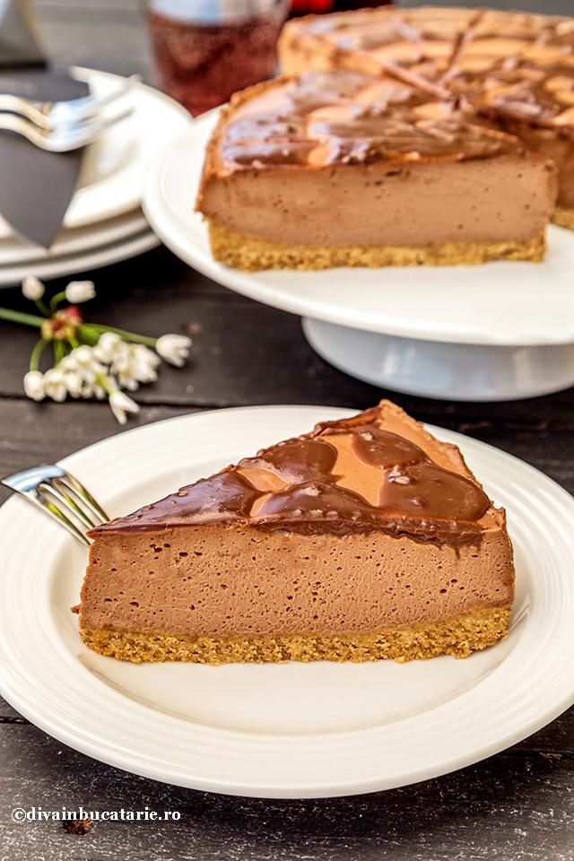 cheesecake-cu-nutella-felie