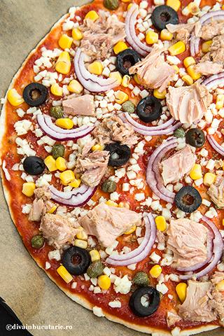 pizza-cu-ton-3