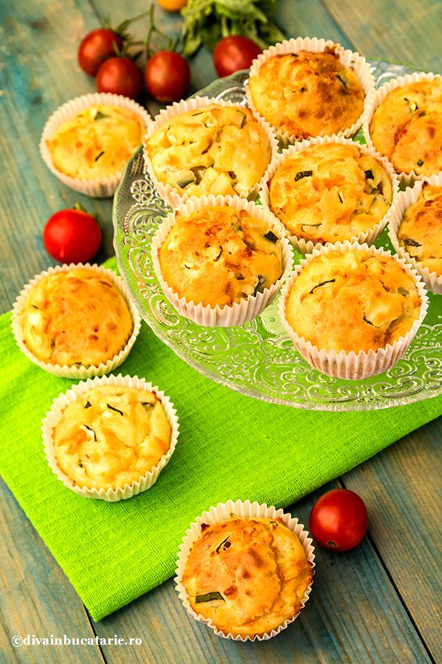 muffins-cu-dovlecei,-porumb-si-ardei