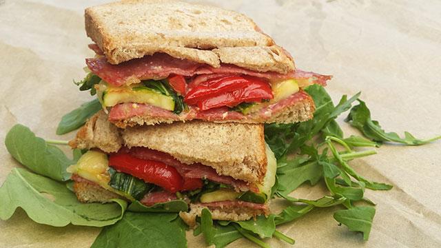 sandwich-de-la-munte-cu-legume-coapte