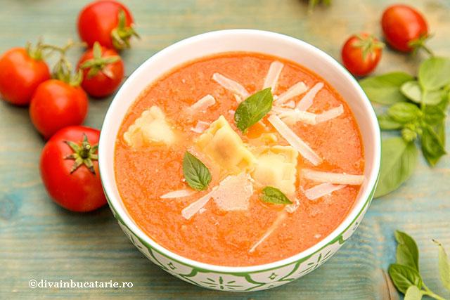 supa-crema-de-rosii-si-crock-pot-0