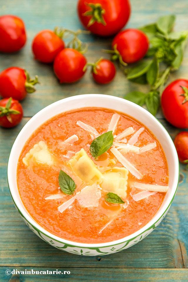 supa-crema-de-rosii-si-crock-pot