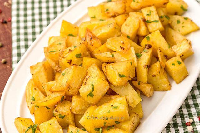 """Cartofi libanezi """"Batata Harra"""""""