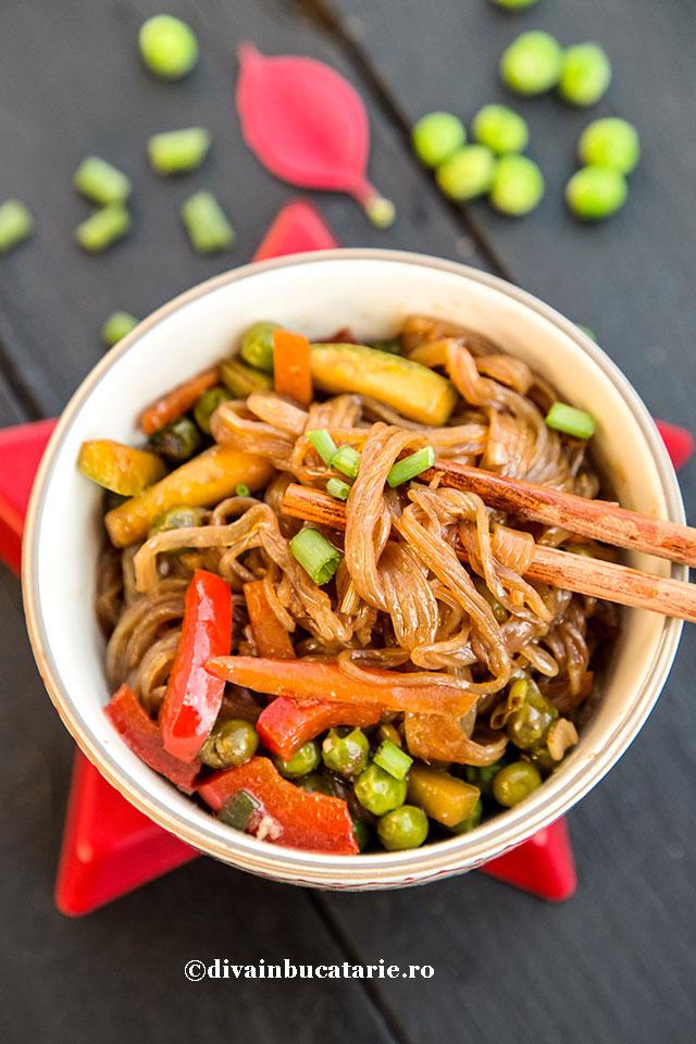 Shirataki--paste-japoneze---cu-soia-si-legume