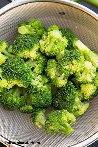 gratin-de-ficatei-de-pui-cu-broccoli-1