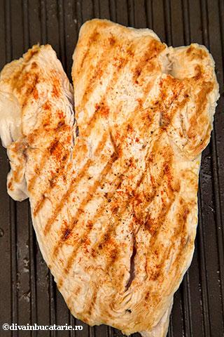 salata-italiana-de-paste-tricolore-cu-pui-2