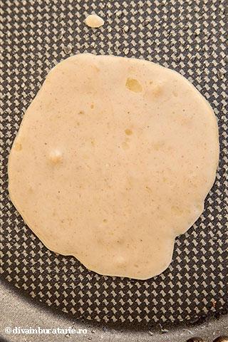 pancakes-cu-banane-3