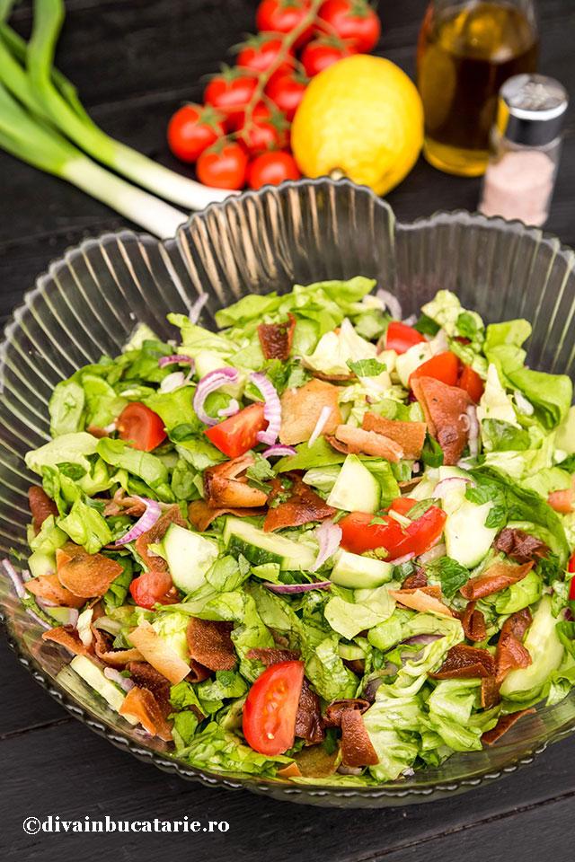 salata-fatoush-a