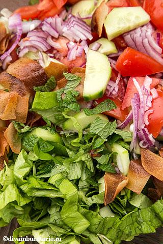 salata-fatoush-c