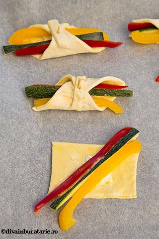 pateuri-de-primavara-zucchini-ardei-divainbucatarie-4