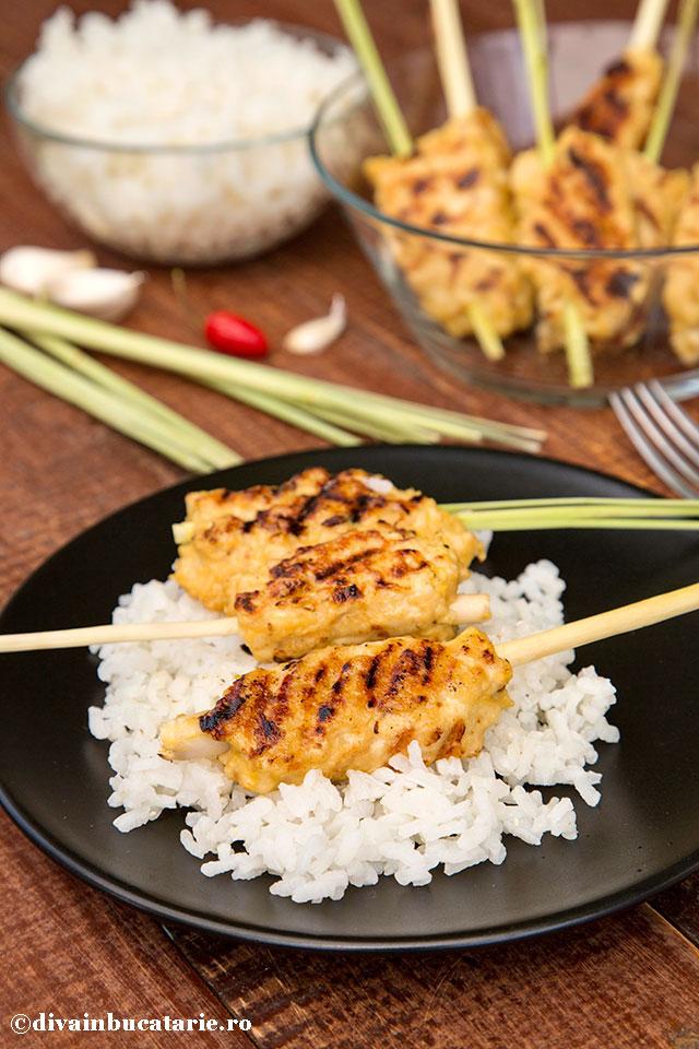 frigarui-asiatice-de-pui-pe-lemongrass-a