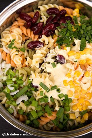 salata-de-paste-in-stil-mexican-2