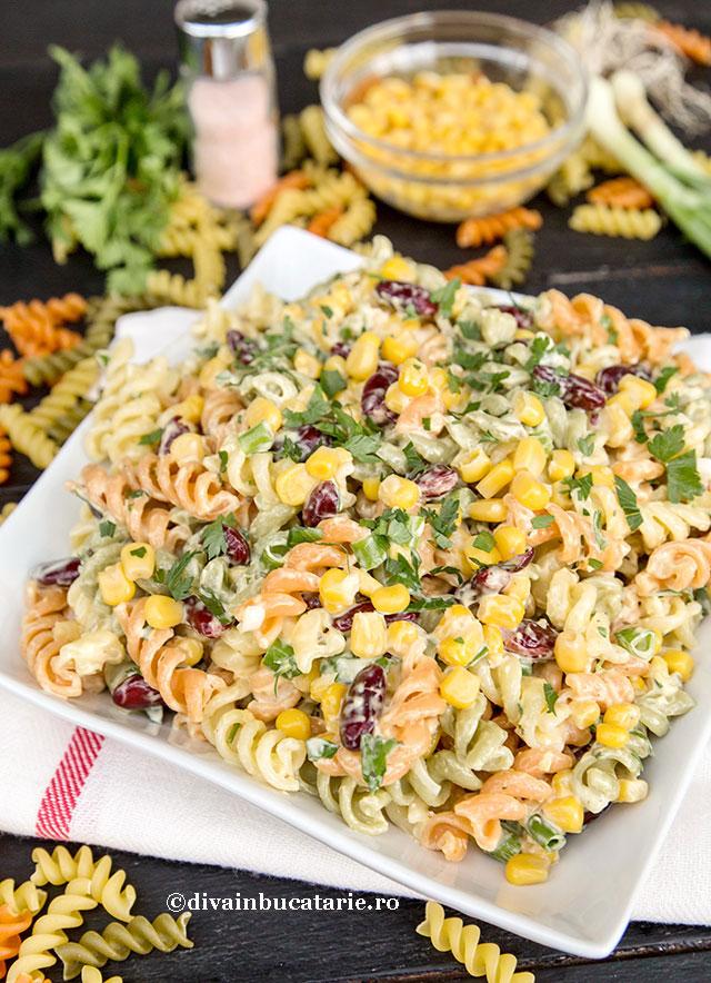 salata-de-paste-in-stil-mexican