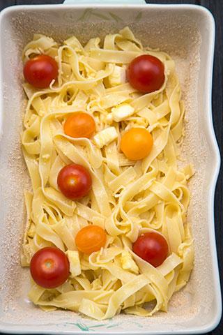 budinca-de-paste-cu-mozzarella-si-rosii-cherry-6