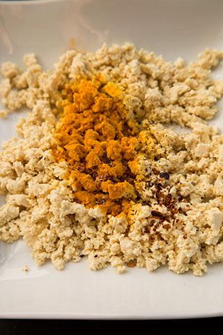 scrambled-tofu---omleta-vegana-2