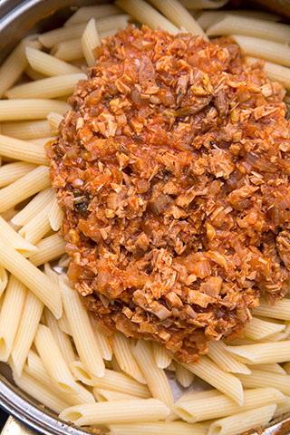 budinca-de-paste-cu-carne-2