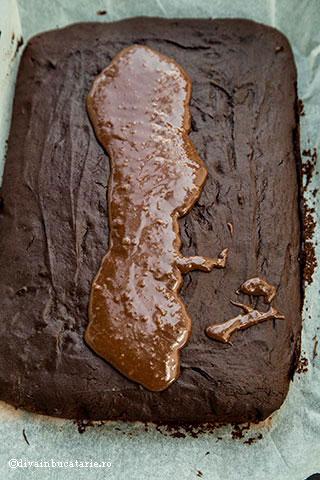 prajitura-de-ciocolata-m&m-4