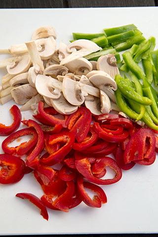 porc-cu-legume-si-paste-in-sos-teriyaki-2