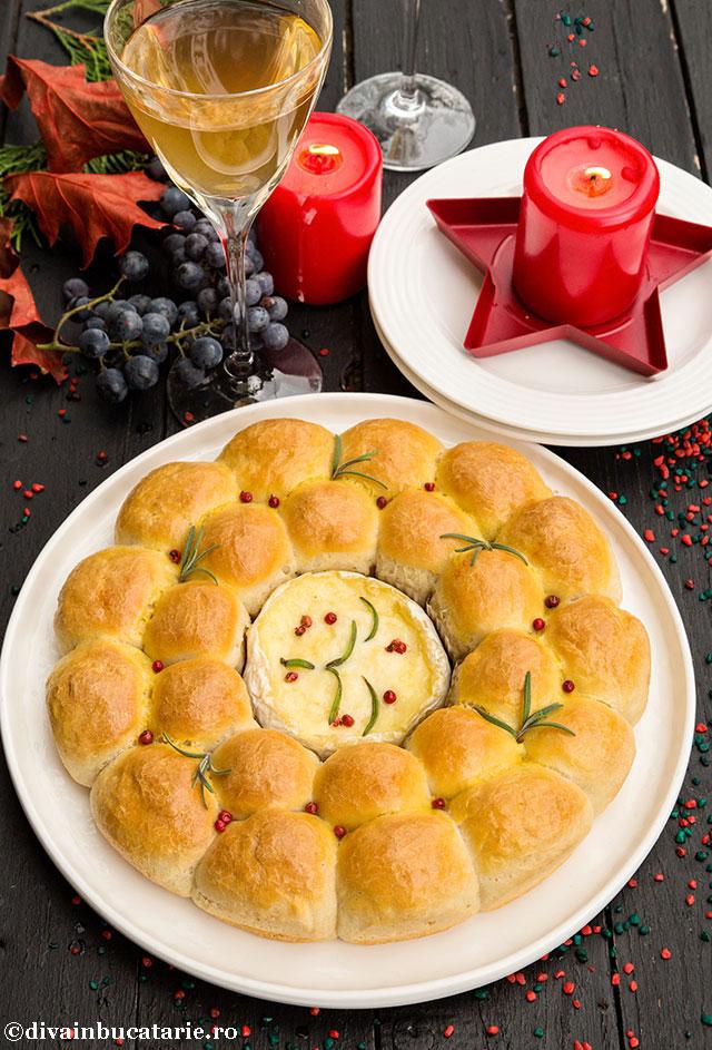 coronita-de-paine-cu-camembert-copt-diva