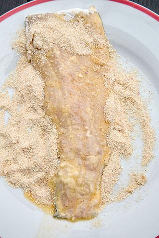pastrav-pane-cu-salata-de-cartofi-1