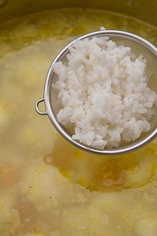 supa-ardeleneasca-de-conopida-cu-orez-4