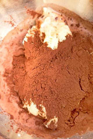 chec-marmorat-cu-cacao-si-matcha-3