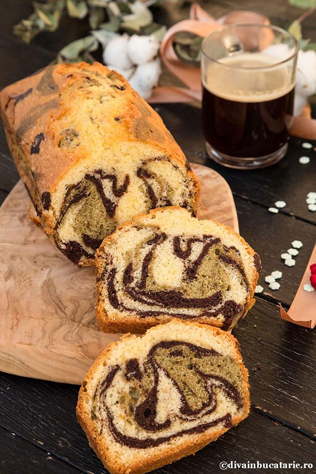 chec-marmorat-cu-cacao-si-matcha